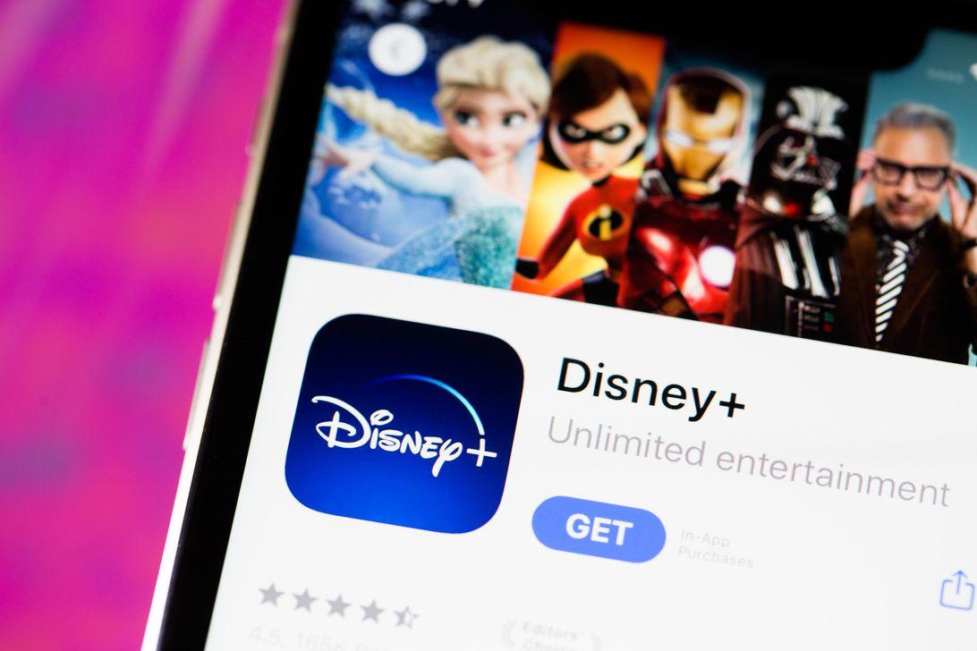 disney-plus-app-iphone-11-9833