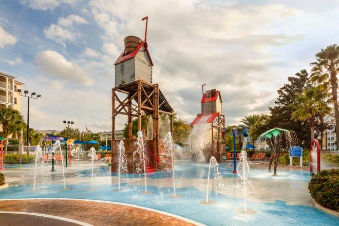 Avec un minigolf sur place, des terrains de sport, des restaurants et un parc aquatique, il y a suffisamment de choses à faire au Marriott's Harbor Lake que vous n'avez vraiment jamais à quitter.