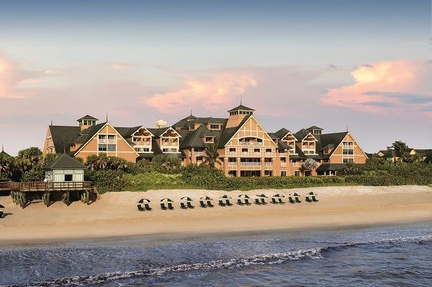 Situé sur la côte des trésors de Floride, le Disney's Vero Beach Resort rappelle aux visiteurs une retraite côtière du nord-est à l'ancienne.